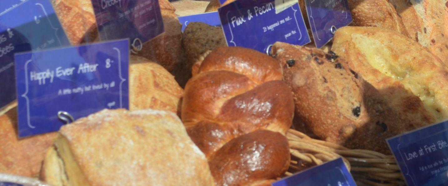 Bread-1400x597